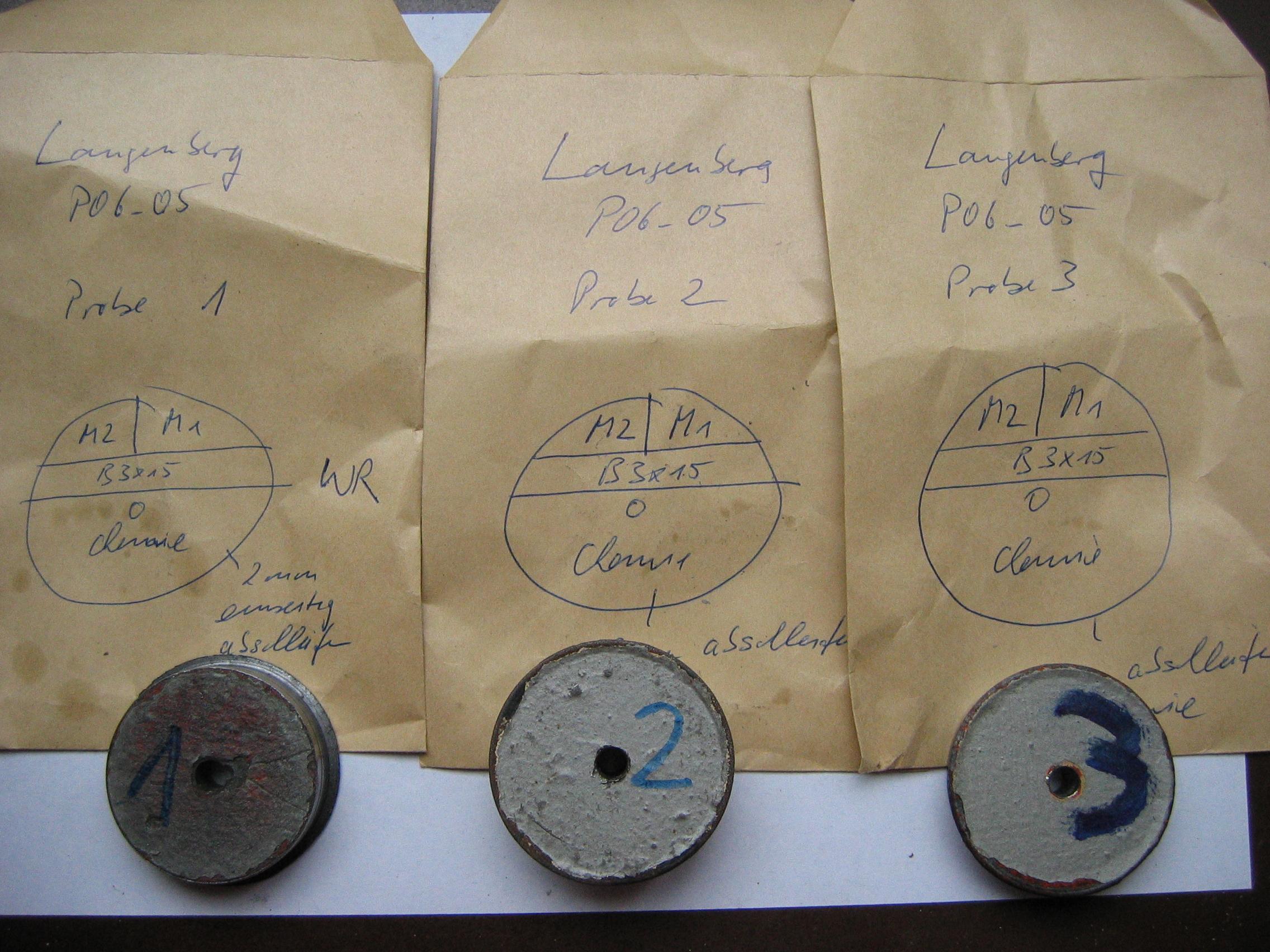 Werkstoffprüfung von Altstahl Proben Bohrkerne